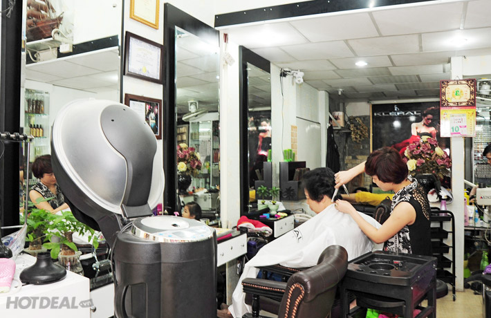 Lựa Chọn 1 Trong 6 Dịch Vụ Làm Tóc Trọn Gói Tại Hương Linh Salon