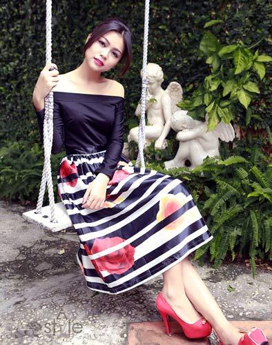 Đầm Hoa Hồng Sang Trọng