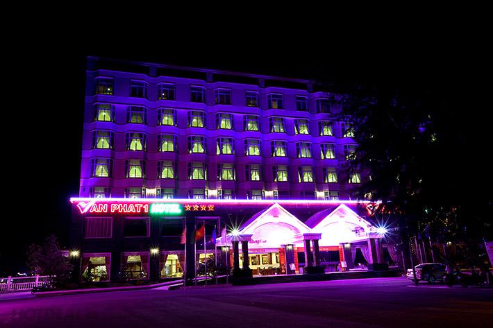 Vạn Phát 1 Hotel 2N1Đ + Ăn Sáng + Không Phụ Thu Cuối Tuần, Lễ Tết