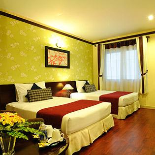 Asian Ruby Luxury Hotel +Ăn Trưa/Tối - Không Phụ Thu Cuối Tuần, Lễ Tết