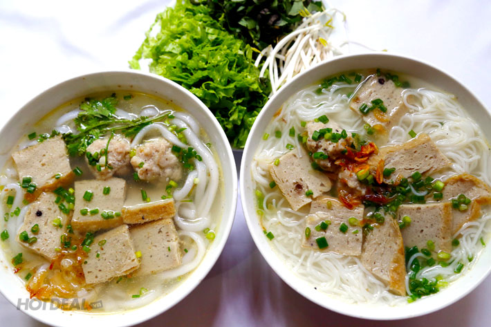 2 Phở/ Miến Gà/ Xôi Chiên/ Bún Sứa/ Bánh Canh/ Bún Chả Cá + 2 Ly Nước