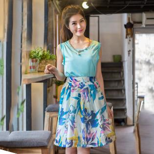 Bộ Đầm Chân Váy Hoa + Áo Tay Lật