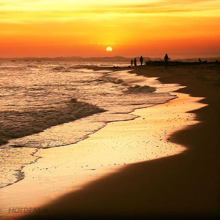 Tour Biển Lagi – Hành Hương Dinh Thầy Thím 1N1Đ