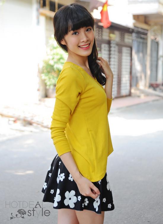 Chân Váy Len Dáng Xòe Trẻ Trung.