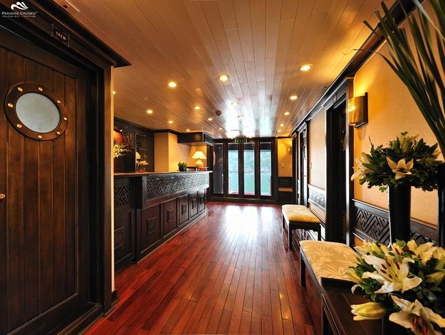 Paradise Luxury Cruise - Tận Hưởng Đảng Cấp 5 Sao Trên Vịnh Hạ Long