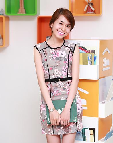 Đầm Kaki Hoa Viền Đen