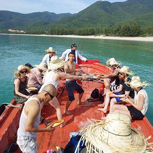 Tour Khám Phá Đảo Bình Hưng – Hải Đăng Hòn Chụt 2N2Đ tại Hồ Chí Minh