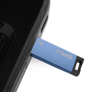USB Silicon Power Touch T835 Chống Nước 8GB - BH 5 Năm tại Hồ Chí Minh
