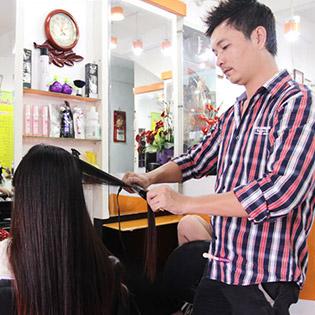 Uốn, Duỗi, Nhuộm Salon Quốc Huy – Kéo Vàng Toàn Quốc 2010, 2013 tại Hồ Chí Minh