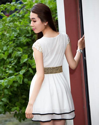 Đầm Ren Hoa Hồng