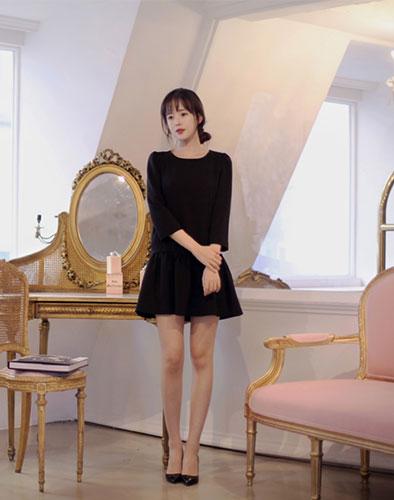 Đầm Oversize Moona