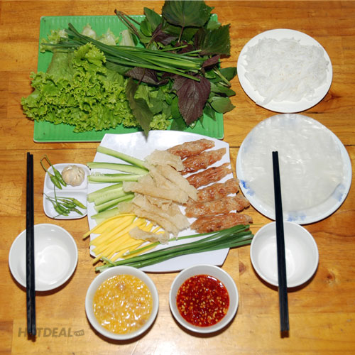 Combo 1 Phần Nem + 2 Phần Xíu Mại + 2 Ổ Bánh Mì + 2 Ly Nước Ép