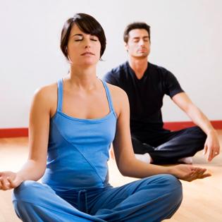 Khóa Học Yoga 10 Buổi Cùng Giáo Viên Ấn Độ Tại Navy Yoga