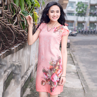Đầm Suông In Hoa Sang Trọng