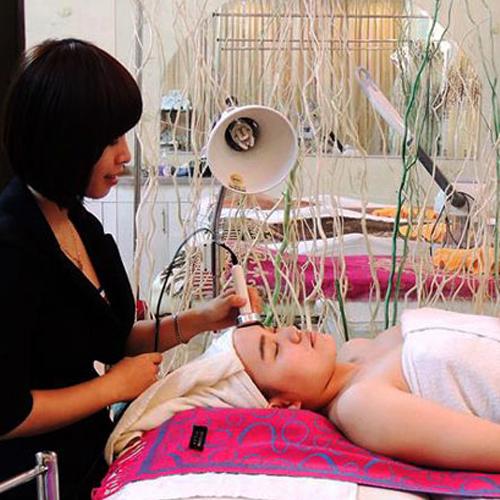 Dịch Vụ Chăm Sóc Da Chuyên Nghiệp Tại Victoria Spa Thiên Nhiên