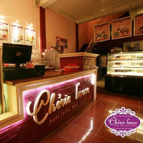 Bánh Gateaux, Cupcake  Tại Tiệm Bánh Tình Yêu Cherie House