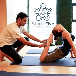 Thẻ Tập 10 Buổi  - Khám Phá 20 Loại Hình Yoga Tại Studio Five Yoga &Wellness