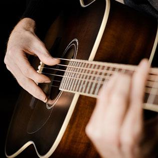 Khóa Học Guitar 36 Buổi Tại Trung Tâm Âm Nhạc Phanxico