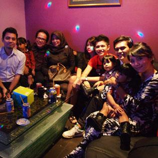 02 Giờ Hát + 01 Dĩa Trái Cây Thập Cẩm Tại Karaoke Nốt Nhạc Vui