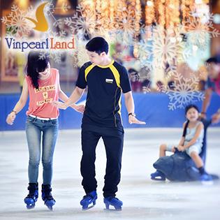 Vé Trượt Băng Cho Người Lớn - Vinpearlland Ice Rink