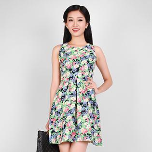 Đầm Hoa Xinh Xắn