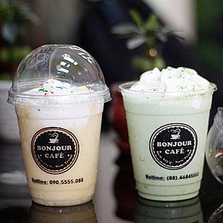 Thưởng Thức Café Theo Phong Cách Ý Tại Café Take Away Bonjour
