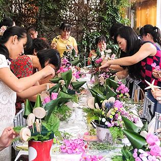 Lớp Dạy Cắm Hoa Chuyên Nghiệp Tại Lavender