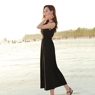Đầm Maxi Đi Biển Cách Điệu Màu Mới