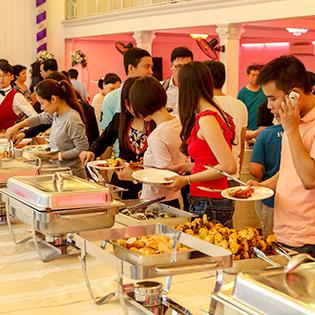 Buffet Tối 60 Món Cho 1 Người Bao Gồm Nước Uống Tại Nhà Hàng Tân Hoa Cau