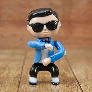 Búp Bê Gangnam Style Nhảy Và Phát Nhạc
