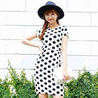 Đầm Divaly Sang Trọng