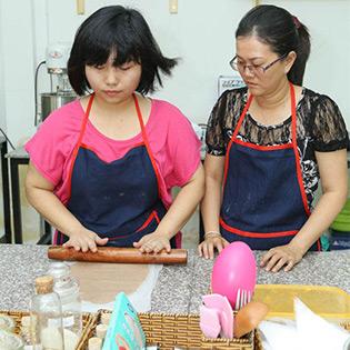 KH Làm Bánh Su Kem/ Tiramisu/ Mousse Kem Lạnh/ Cheesecake