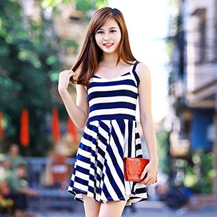 Váy Kiểu Kẻ Sọc
