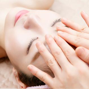 Trị Mụn, Xóa Thâm Tinh Chất Collagen C+ Tại Doctor Skin Spa (Áp Dụng Tại 3 Cơ Sở)