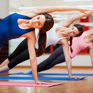 Khóa Học Yoga 1 Tháng Không Giới Hạn Số Buổi Tại Shanti Spa & Yoga.