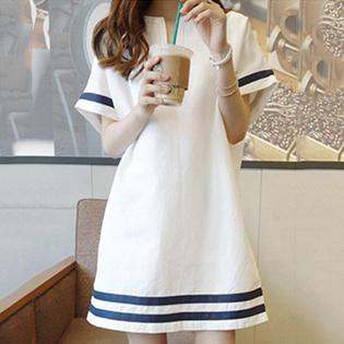 Đầm Linen Form Suông Cách Điệu