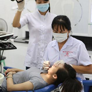 Răng Sứ Titan Tại Nha Khoa Hương Giang