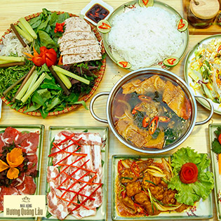Chọn 1 Trong 2 Set Lẩu Cho 4N -6N Tại Nhà Hàng Hương Quảng Lầu