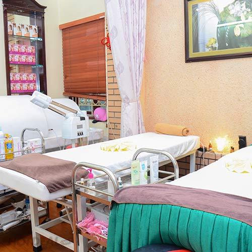 Trị Mụn Triệt Để - Chăm Sóc Da Mặt Khỏe Mạnh Tại H Spa