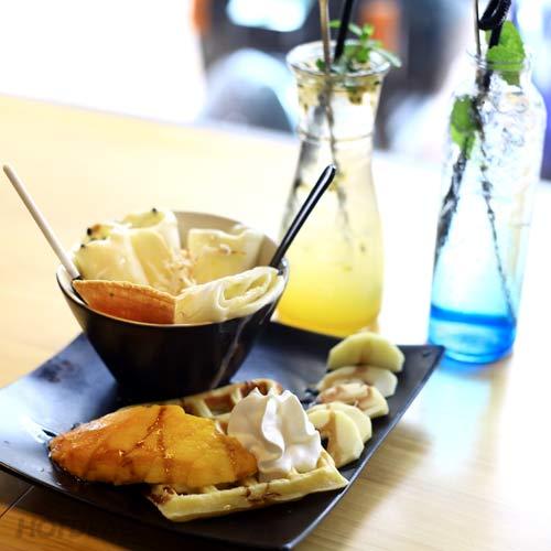 Combo 2 Ly Mojito + 1 Bánh Waffel Kem Cuộn Tại Kokeshi