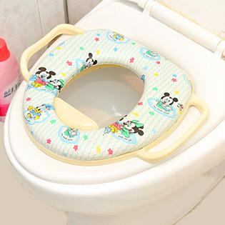 Lót Toilet Disney Siêu Mềm Có Tay Vịn Chống Trượt Cho Bé