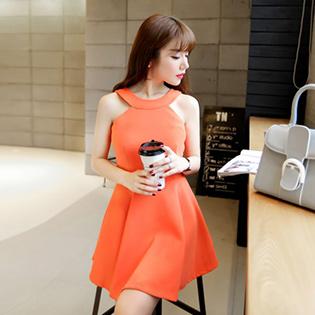 Đầm Xòe Cổ Yếm Hàn Quốc