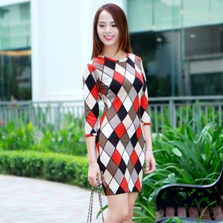 Thu Đông Với Váy Len Cá Tính