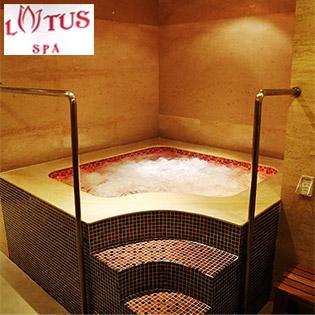 Massage Foot + Body/ Body (75') + Đá Nóng + Xông Hơi + Hồ Jacuzzi Tại Lotus Spa