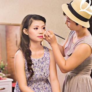 Khóa Học Trang Điểm Cá Nhân – Cam Kết Hiệu Quả Tại Quỳnh Make Up