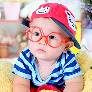 Combo 2 Mắt Kính Nobita Màu Sắc Cho Bé