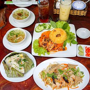 Combo Chay Cơm Tay Cầm + Soup + Sữa Bắp - Quán Chay Ngọc Linh