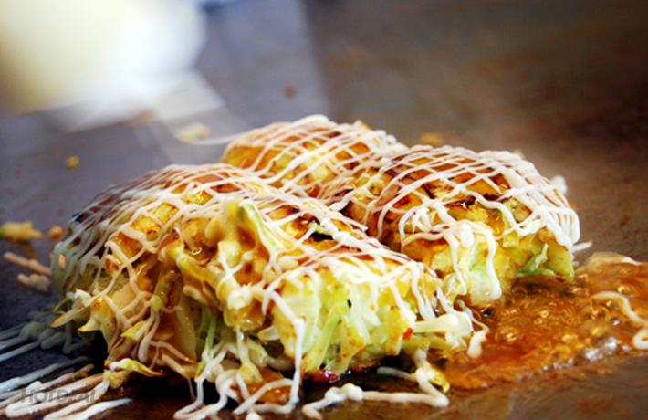 Các Món Ăn Tại Nhà Hàng Bánh Xèo Nhật Bản  Aozora