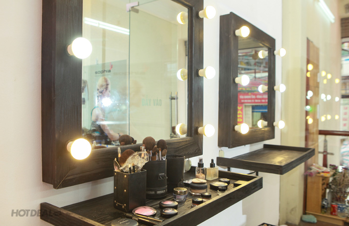 KH Trang Điểm 8 Buổi Dành Cho Phái Đẹp - Chi Cua Make Up & Nail