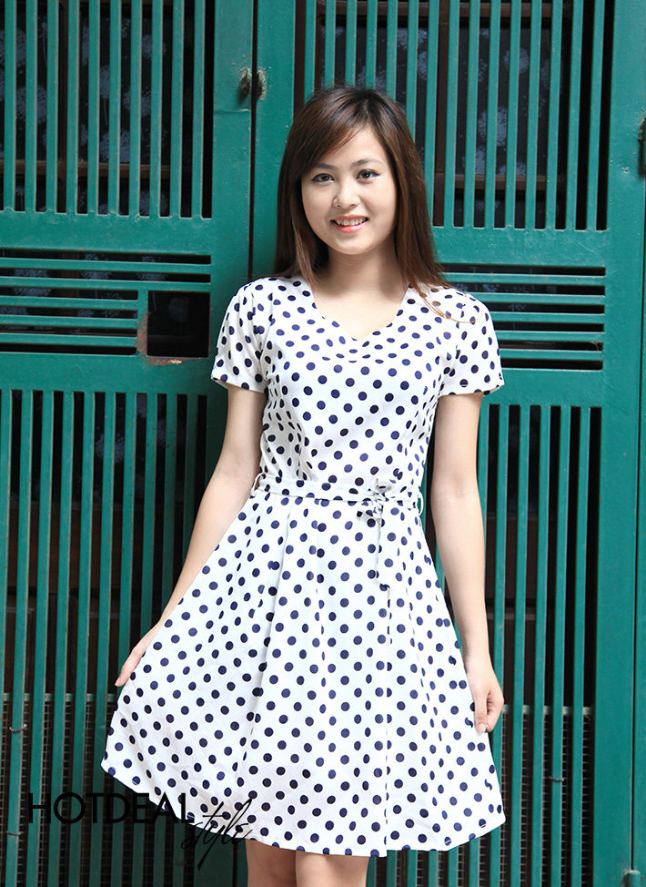 Đầm Xòe Chấm Bi Thắt Nơ